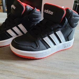 NWT Adidas Hoop Mid 2.0 Kids 10.5K